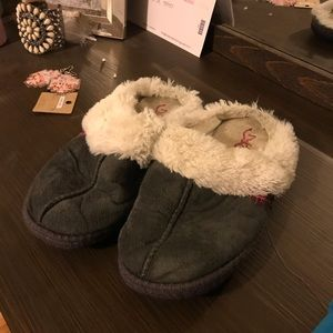 Browning slippers